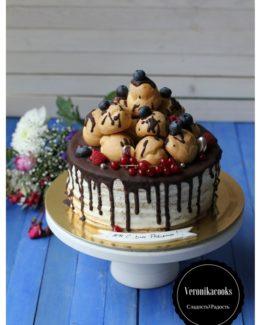 торт с профитролями