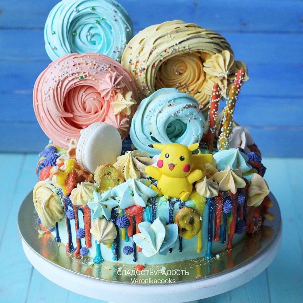 Торт Пикачу радужный на заказ