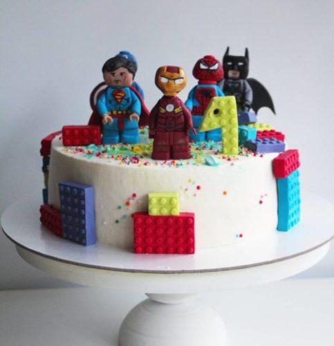 торт с супергероями бэтмен человек паук супермен человек америка