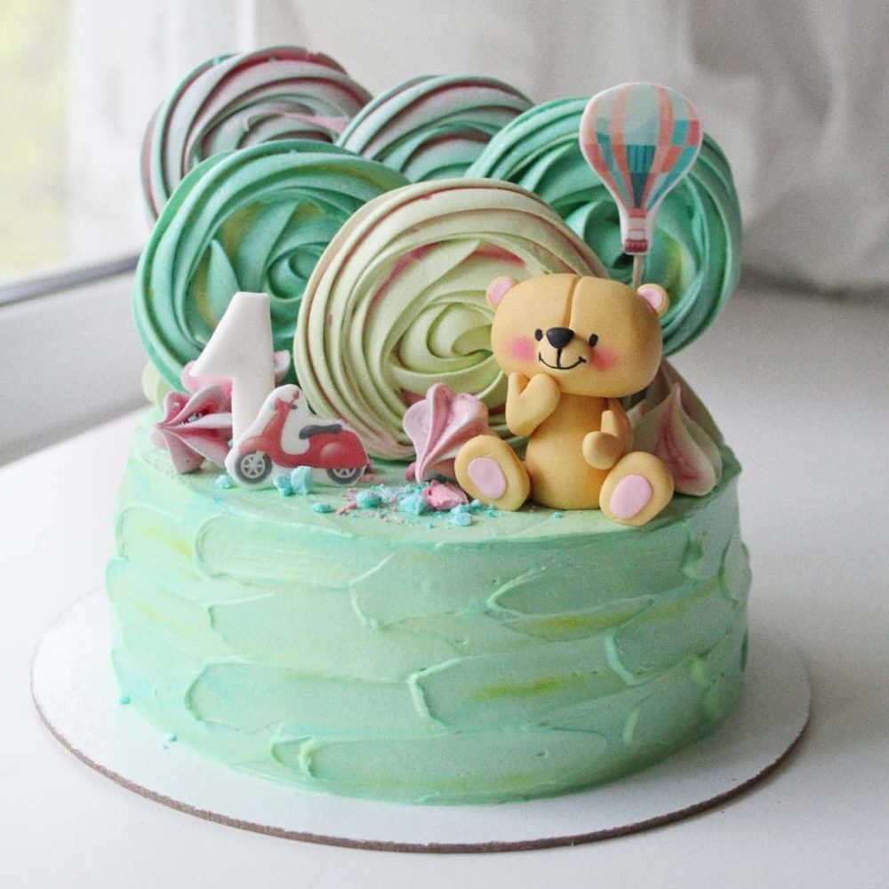 Торт с мишкой