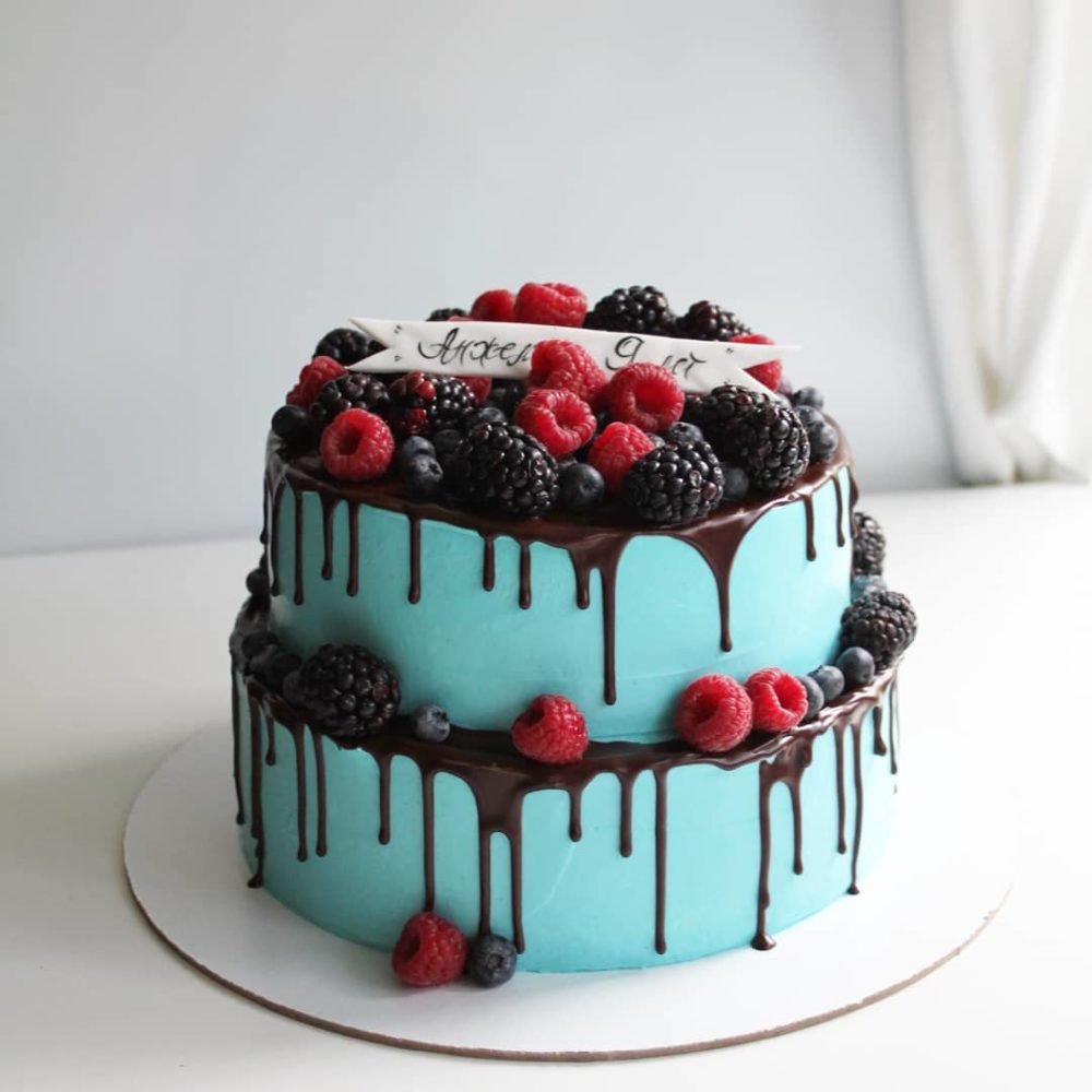 двухъярусный торт без мастики
