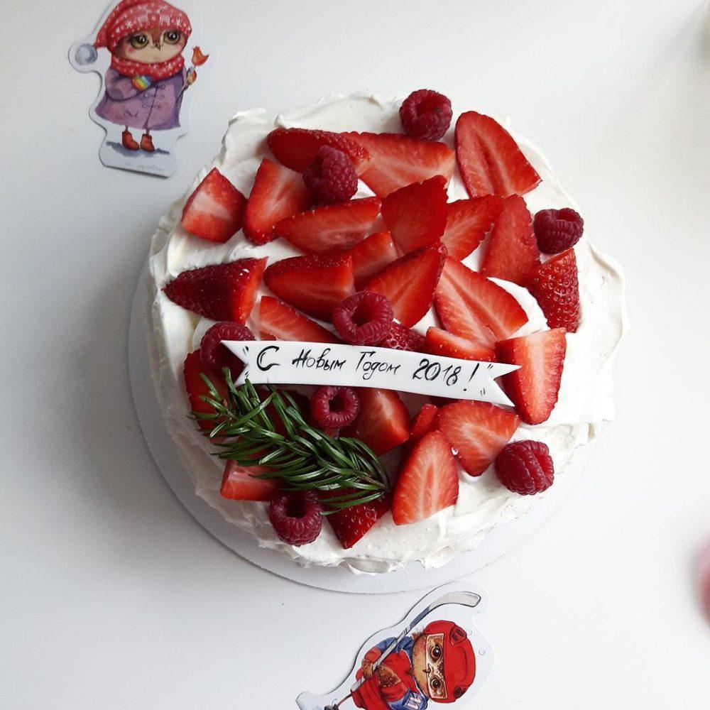 красивый новогодний торт на заказ в спб