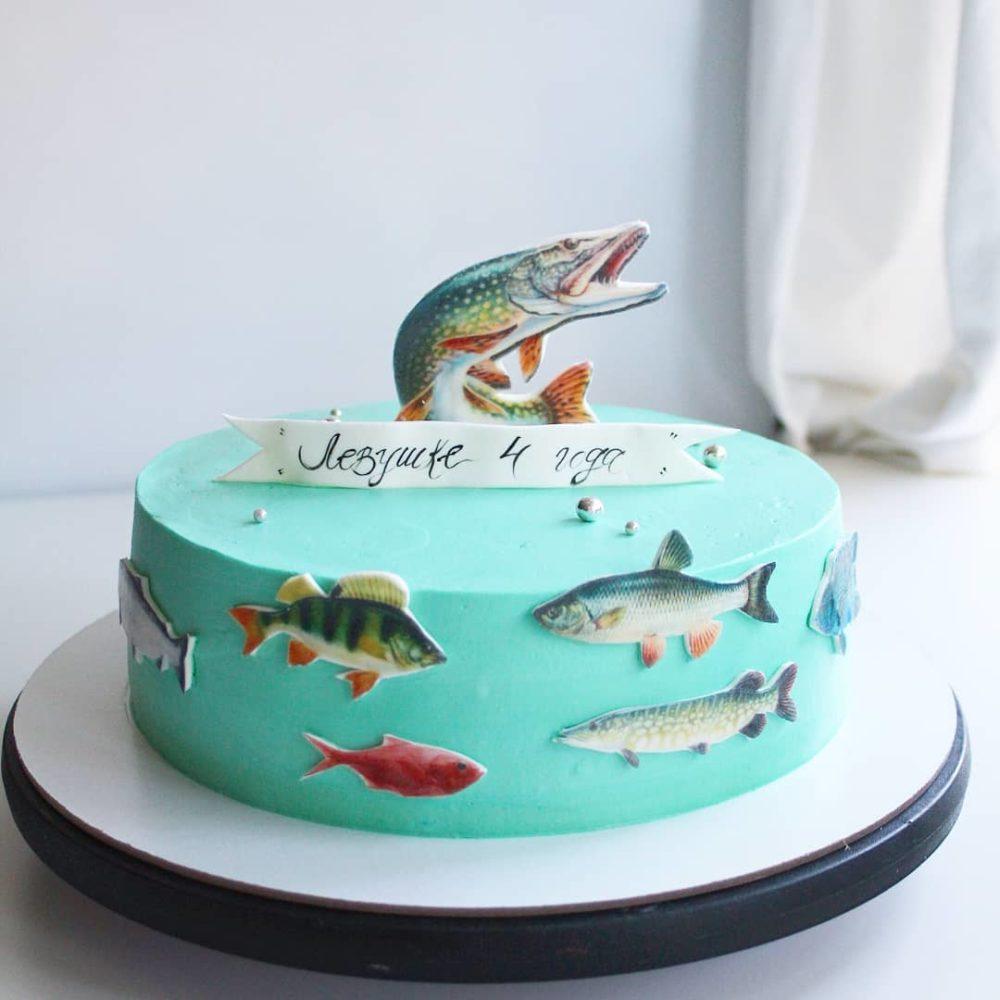 торт с рыбами
