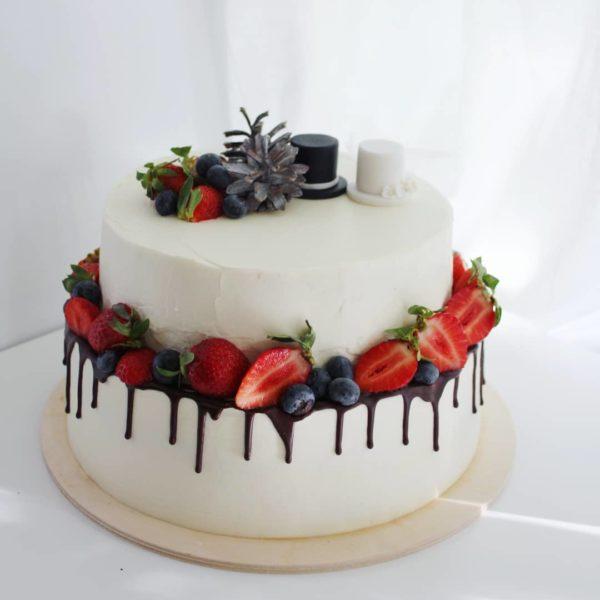 торт со шляпами