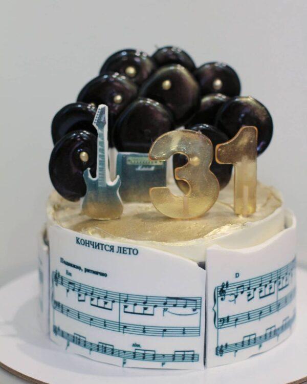 торт музыканту